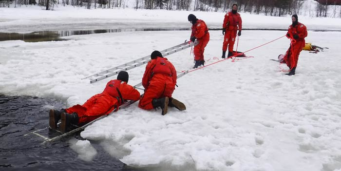 Ice Field Safety (IFS) Rescue Course